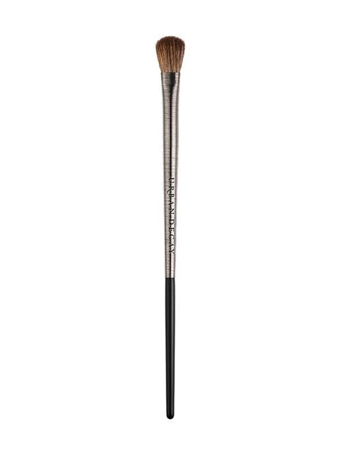 Pro Artistry Brush Iconic Eyeshadow -luomivärisivellin