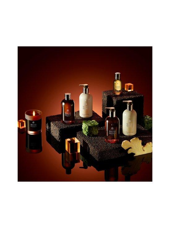 Molton Brown - Re-charge Black Pepper Bath & Shower Gel -suihkugeeli 300 ml - NO COLOR | Stockmann - photo 6