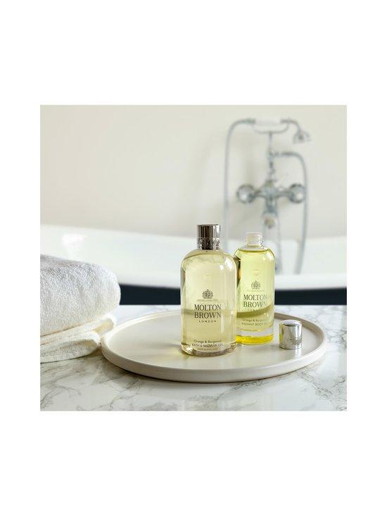 Molton Brown - Orange & Bergamot Bath & Shower Gel -suihkugeeli 300 ml - NOCOL   Stockmann - photo 7