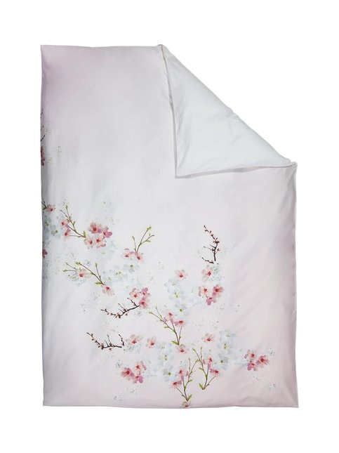 Oriental Blossom -pussilakana