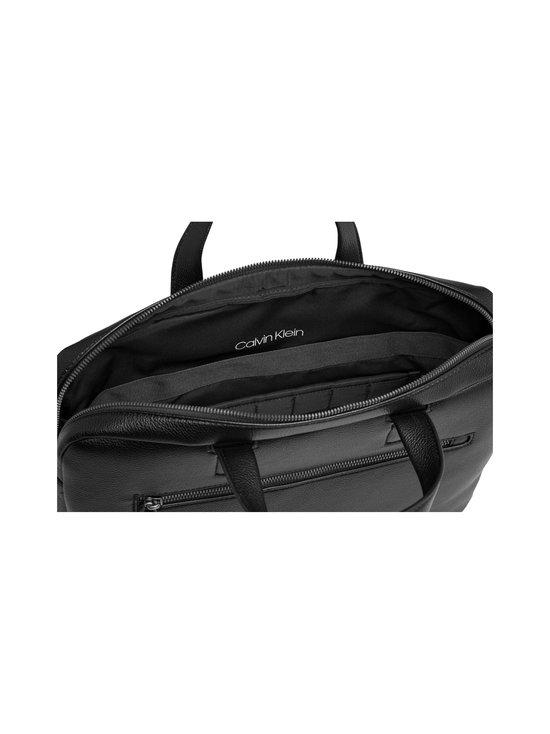 CK QT Pocket Laptop Bag -laukku