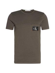 Calvin Klein Jeans - Monogram Badge Pocket Tee -paita - ALUMINIUM GREY | Stockmann