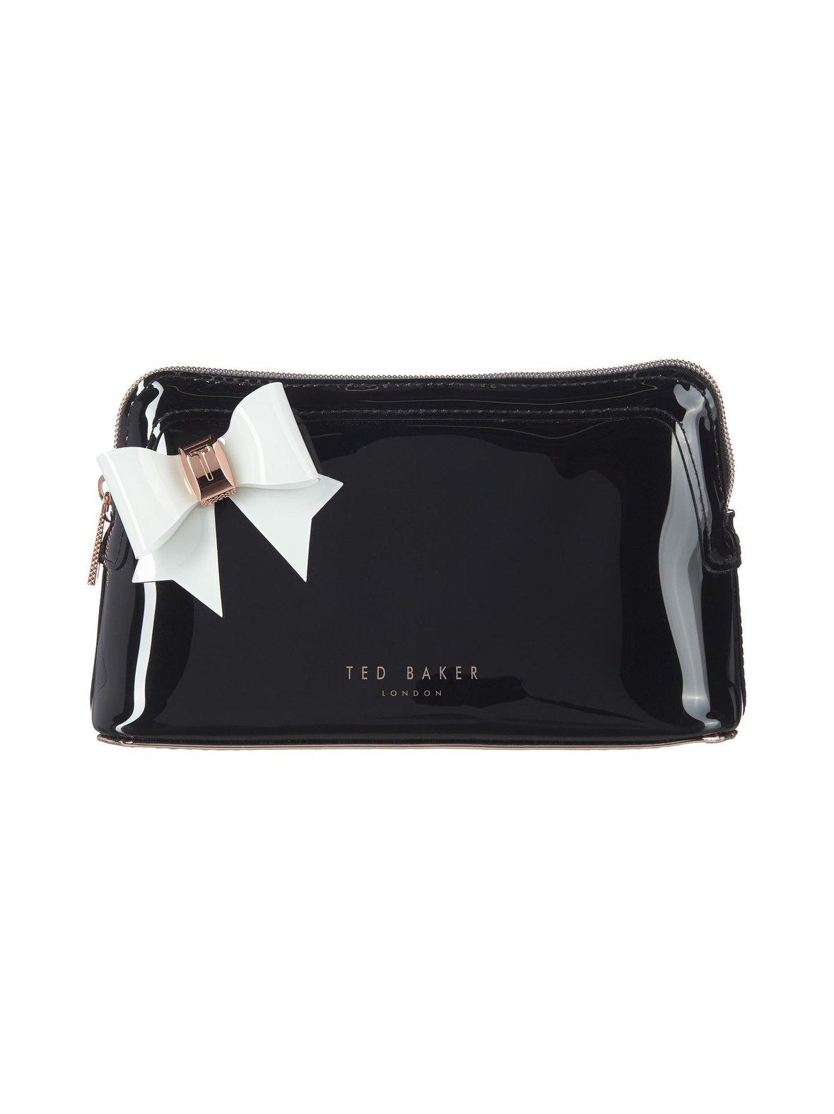 262cb3227605b2 Black Ted Baker Aubrie Bow Makeup Bag -kosmetiikkalaukku