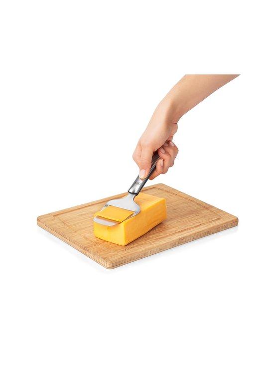 OXO - Non-Stick Cheese Plane -juustohöylä - STEEL   Stockmann - photo 2
