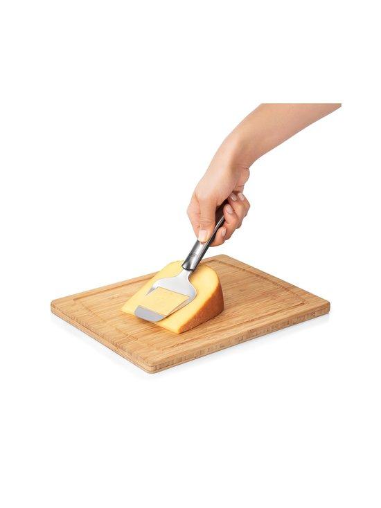 OXO - Non-Stick Cheese Plane -juustohöylä - STEEL   Stockmann - photo 3