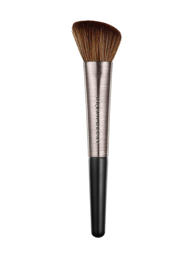 Pro Artistry Brush Contour Definition -luomivärisivellin