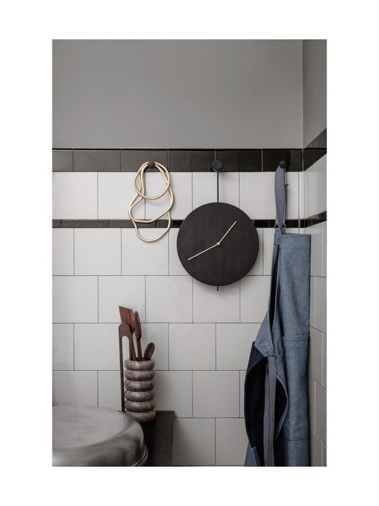 Ferm Living - Trace-seinäkello - BLACK/BRASS   Stockmann - photo 3