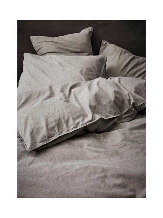 Essenza - Guy-pussilakanasetti 150 x 210 + 50 x 60 cm - STONE | Stockmann - photo 2