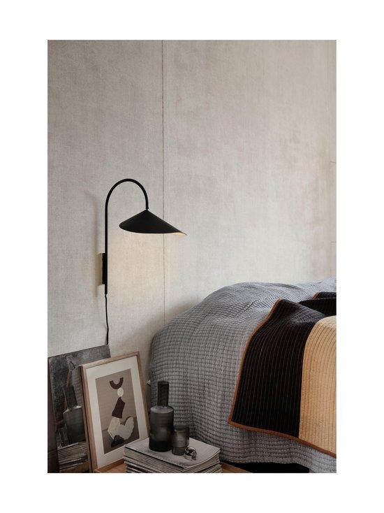 Ferm Living - Arum-seinävalaisin - BLACK   Stockmann - photo 2