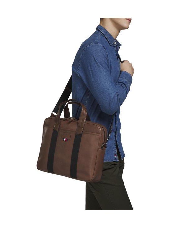 Tommy Hilfiger - Casual leather Computer Bag -nahkalaukku - 0HD CIGAR | Stockmann - photo 3