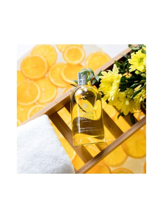 Molton Brown - Orange & Bergamot Radiant Bathing Oil -kylpyöljy 200 ml - NOCOL | Stockmann - photo 6