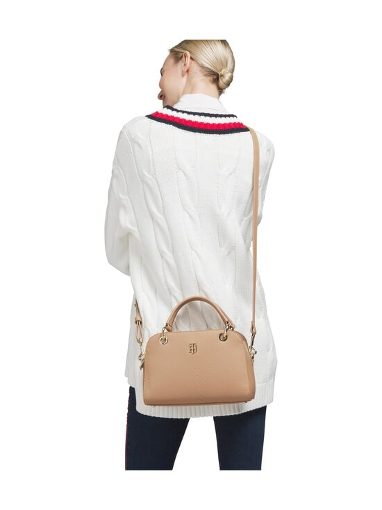 Tommy Hilfiger - TH Essence Medium Duffle -laukku - AEZ OAKMONT | Stockmann - photo 4