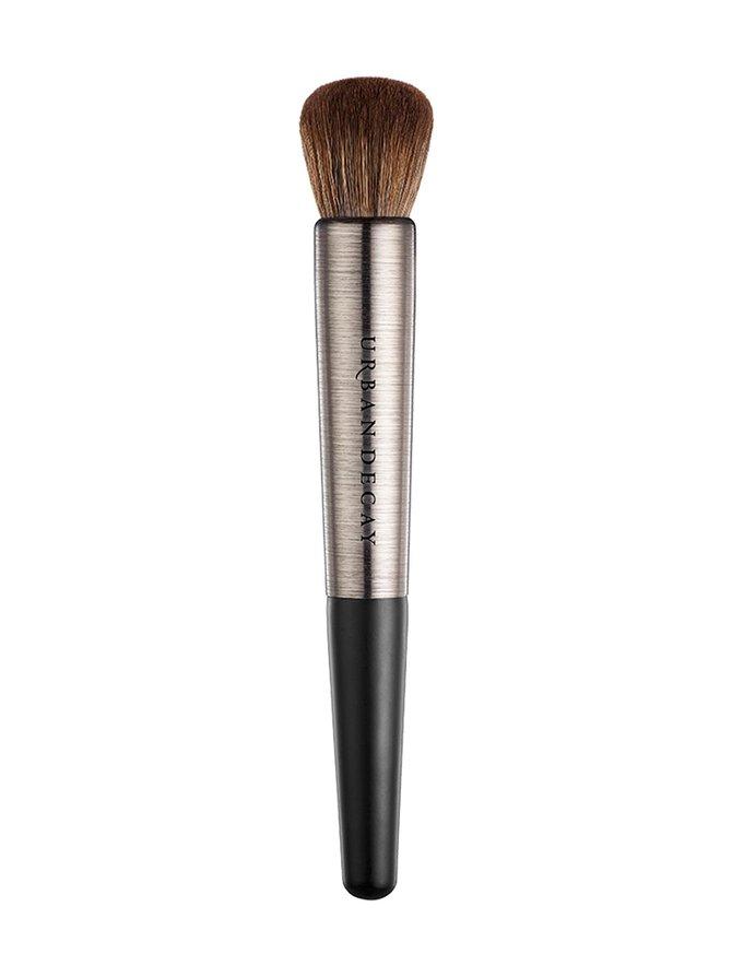 Pro Artistry Brush Optical Blurring -meikkivoidesivellin